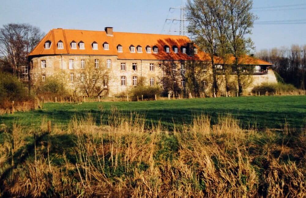 Burg Angermund - Hauptgebäude Foto: A. Kircher-Kannemann